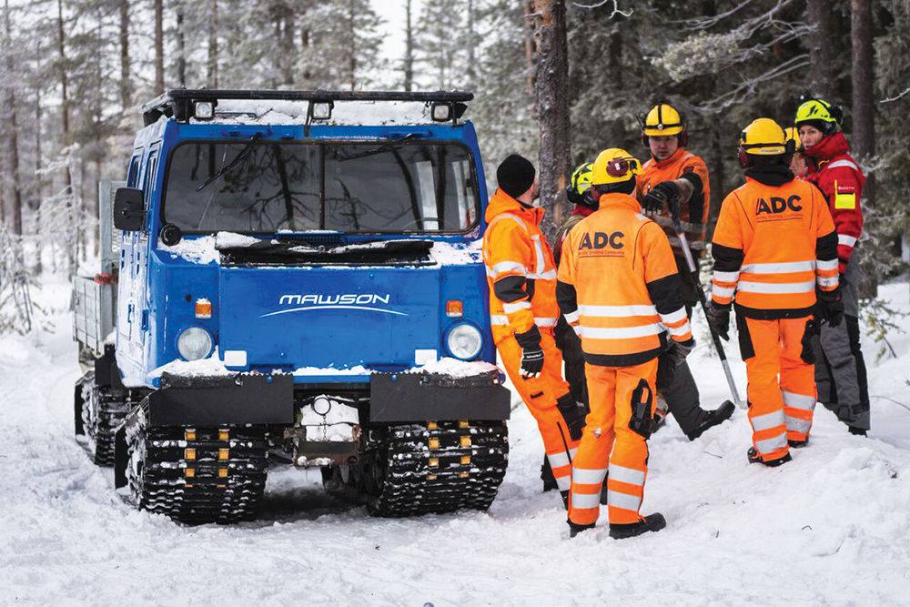 or explorers such as awson esources getting around in inland can be easier in winter than in summer because of the swamplike conditions