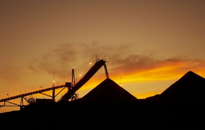 Cash dilemma for mining majors