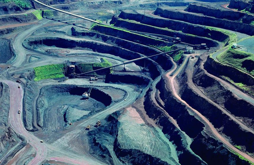 CURTAS: Deputado pede apoio da bancada baiana contra MPs da mineração