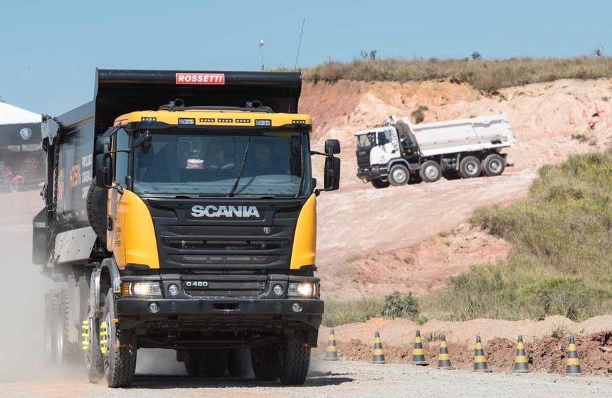 Scania lança modelo com maior volume de carga para mineração